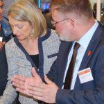 Geert Lucas van Technologies Added in gesprek met Ineke Dezentjé-Hamming